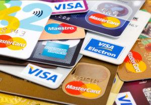дебетовые банковские карты с начислением процентов и кешбеком