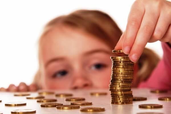 Как объяснить ребенку, что такое «деньги» и зачем они нужны?